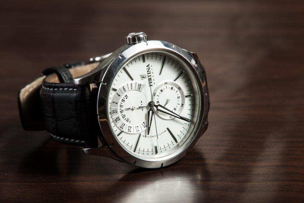Jak sprawdzić oryginalność zegarka Tissot?